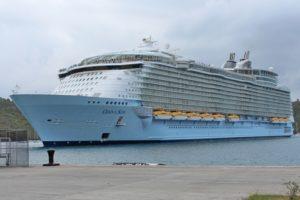 Oasis of the Seas cruise vessel